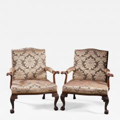 A Pair of Chippendale Gainsborough Chairs - 555950