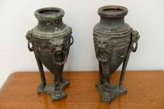 A Pair of English Patinated Bronze Athenienne Form Urns 19th century - 40637