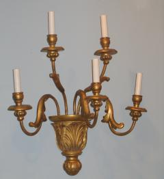 A Pair of Gilded Wood Sconces with Five Lights featuring acanthus leaves - 278107