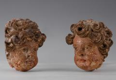 A Pair of Late Baroque Carved Cherub Heads French ca 1720 - 870149