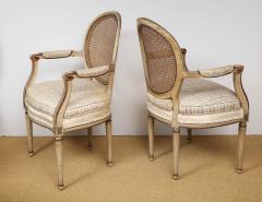 A Pair of Louis XVI Arm Chairs - 1164920