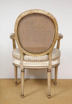 A Pair of Louis XVI Arm Chairs - 1164921
