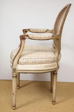 A Pair of Louis XVI Arm Chairs - 1164923