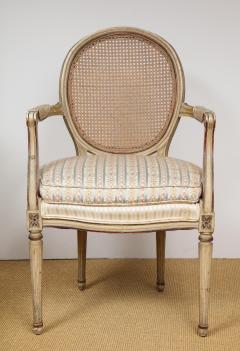 A Pair of Louis XVI Arm Chairs - 1164925