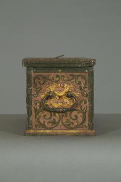 A Polychrome Painted Iron And Engraved Blued Steel Strongbox Of Small Scale - 1411602