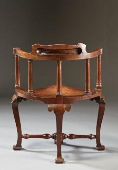 A Rare Pairing of Extraordinary George II English Walnut Windsor Armchairs - 184450
