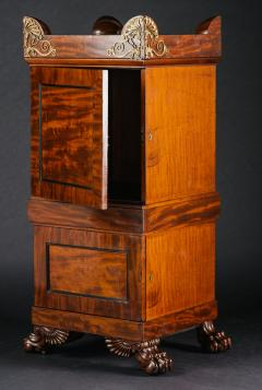 A Regency Mahogany Dining Room Pedestal Cabinet in the Manner of Thomas Hope - 407664