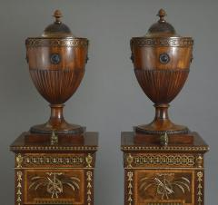 A SERIOUS PAIR OF CHIPPENDALE PERIOD DINING ROOM URNS ENGLISH CIRCA 1770 - 1817204