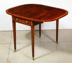 A Sheraton Pembroke Table - 1116510