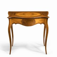 A Victorian inlaid satinwood and kingwood table in the style of Hepplewhite - 1846420