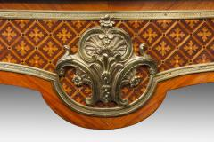 A fine kingwood and marquetry bureau plat in the French taste - 778791