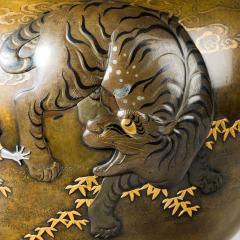A large and very fine bronze tripod Koro attributed to the Kanazawa Doki Company - 778701