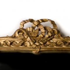 A late 19th Century Italian giltwood mirror with carved bow and garland details - 2007363