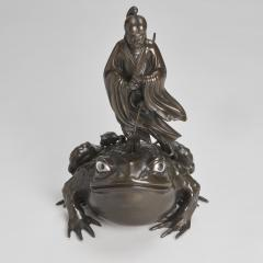 A magnificent Bronze Okimono of Jiraiya standing atop a toad - 1800081