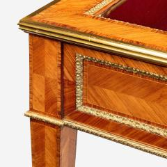 A matched pair of English Kingwood display tables in the French taste - 776546