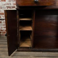 A nineteenth century English mahogany kneehole desk - 2128824