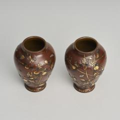 A pair of Antique Japanese miniature jars and covers - 1296472