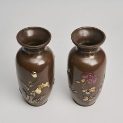 A pair of Japanese Meiji period Bronze vases - 1345885