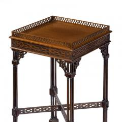 A pair of mahogany side tables in the Chippendale style - 1219265