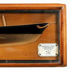 A presentation model of America s Cup winner America by G L Watson - 2134441