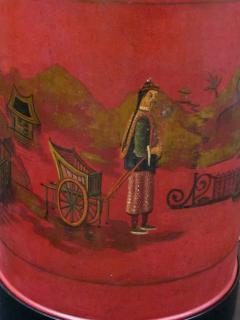 A robust pair of English chinoiserie style red painted tole lamps - 967754