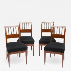 A set of four restored Biedermeier chairs mahogany circa 1840 - 1647972