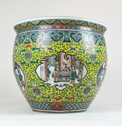 A spectacular 19th Century Chinese porcelain fish bowl - 1779358