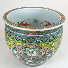 A spectacular 19th Century Chinese porcelain fish bowl - 1779364