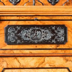 A superb quality burr walnut antique cabinet - 746284