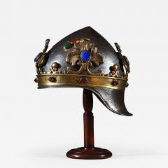 A theatrical prop helmet - 937930