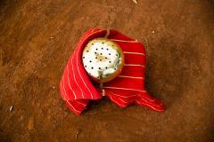 ADN Studio Ana Hernandez Xhigagueta Yachii Gourd with 24 Karat Gold Leaf - 1416787