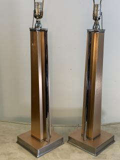 ART MODERNE PAIR OF ANNODIZED ALUMINUM AND CHROME LAMPS - 1033084