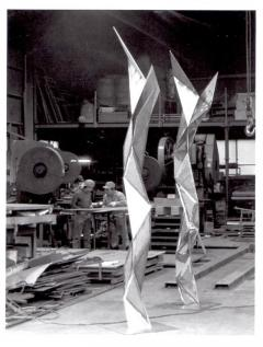 Aijiro Wakita Sculpture by Aijiro Wakita as seen in Iron Man  - 285660