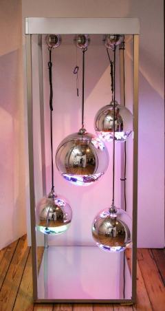 Al Jord o Contemporary Neon Balls Stand Lamp by Brazilian designer Al Jord o - 1271602