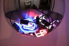 Al Jord o Contemporary Neon Balls Stand Lamp by Brazilian designer Al Jord o - 1271604