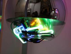 Al Jord o Contemporary Neon Balls Stand Lamp by Brazilian designer Al Jord o - 1271605