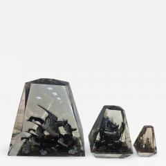 Alessandro Albrizzi Modern Trio of High End Solid Lucite Obelisks With Diorama of Wildlife Scenes - 540540