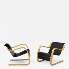 Alvar Aalto Pair of Pikku Paimio armchairs - 841305