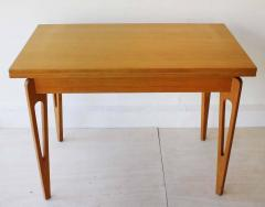 American Extending Table - 261132