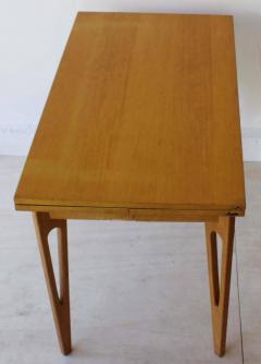 American Extending Table - 261134