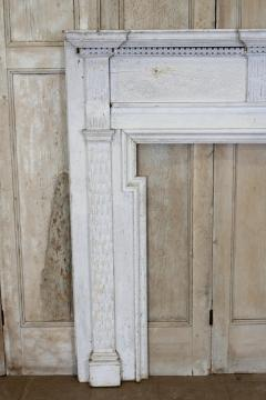 American Federal Chip Carved Mantel - 1984541