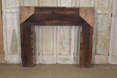 American Federal Chip Carved Mantel - 1984542