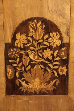An 18th Century English Marquetry Walnut Chest Circa 1700 - 127838