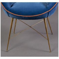 An Egg Shaped Modernist Italian Chair 1950s - 1989300