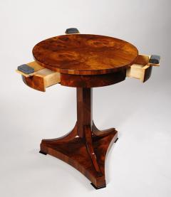 An Elegant Biedermeier Occasional Table - 457718