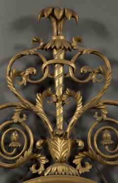 An Elegant Pair Of Giltwood And White Painted Neoclassical Oval Mirrors - 1313245