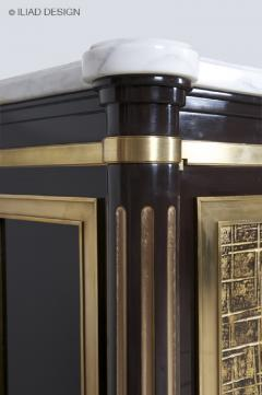 An Elegant and Spectacular Neoclassically Inspired Sideboard by Iliad design - 453943