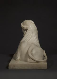 An Imposing Carved Statuary Marble Sculpture Of A Reclining Veiled Female Sphinx - 949353