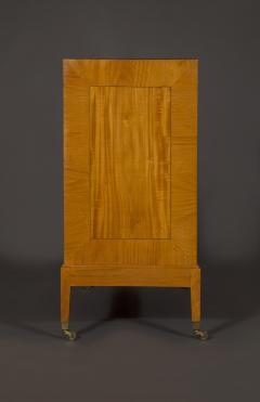An Interesting Pair Of Satinwood Two Door Cabinets En Quatre Face - 1378966