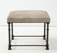 An elegant bronze stool covered with nubuck retourn  - 1578122